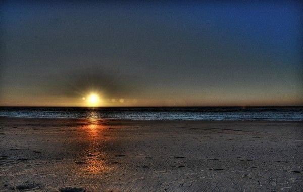 Images coucher de soleil - Page 2 8fbc9b6c
